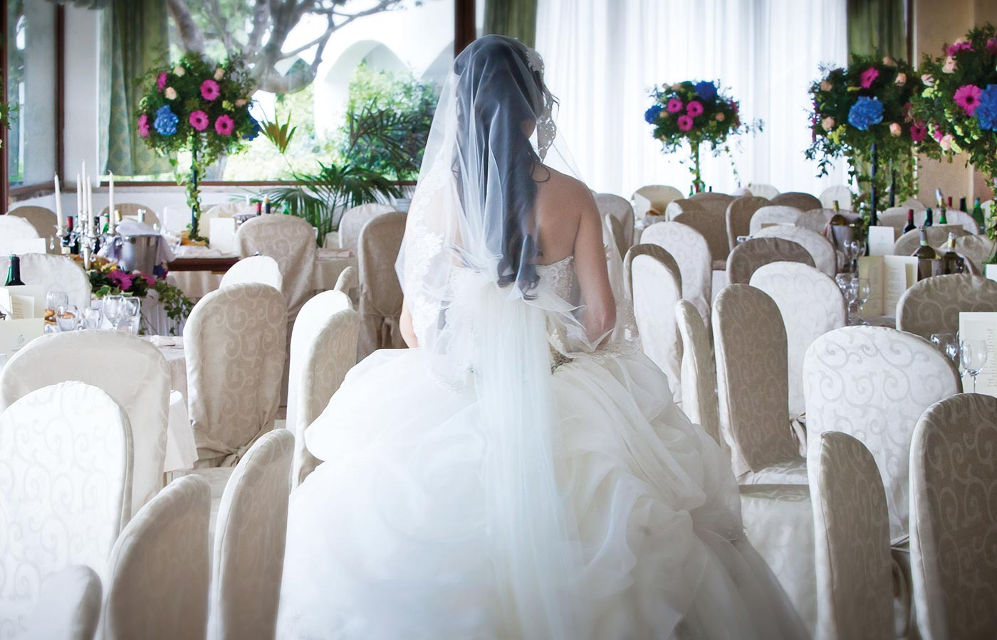 Fairy tale wedding and location at the Hotel Pulicinu in Baja Sardinia